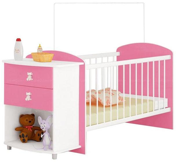 Berço-de-bebe-cor-de-rosa