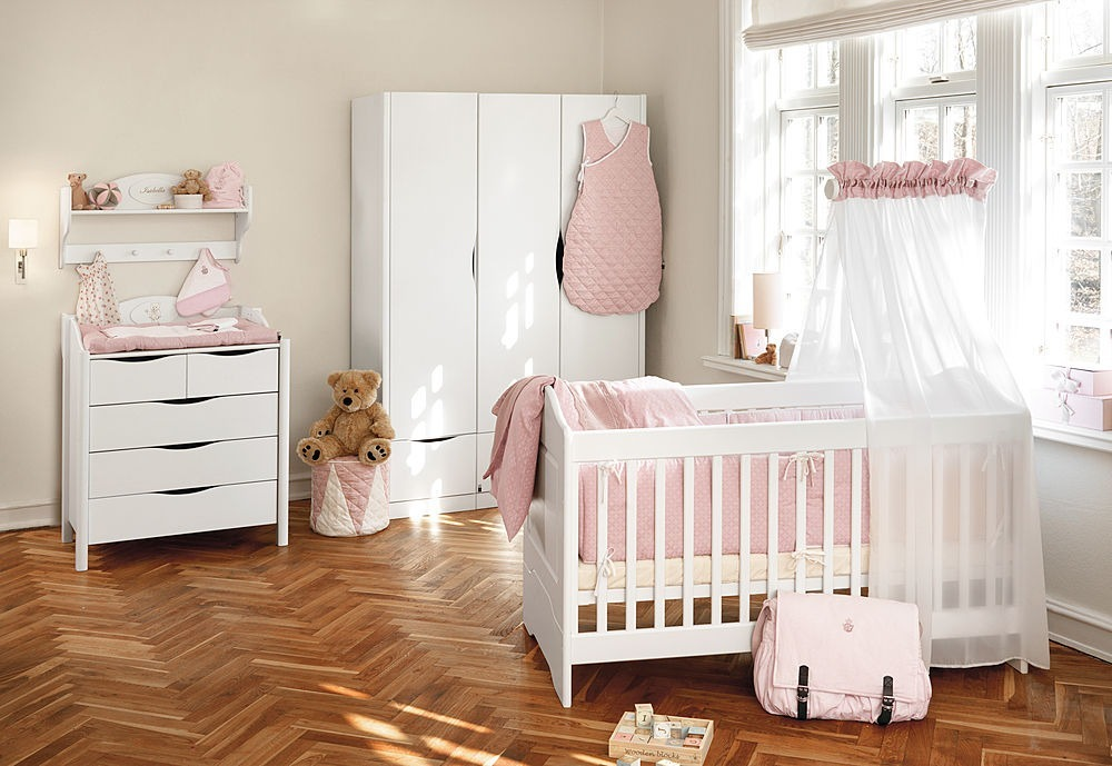 Decoração de quarto de bebê feminino imagem