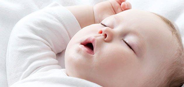 bebe-roncar